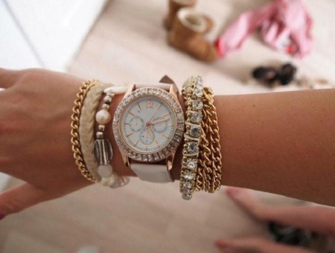Ce ar trebui sa luam in considerare atunci cand dorim sa cumparam un ceas?