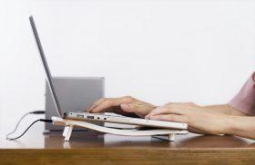 Cum facem tratarea unui ventilator de laptop zgomotos?